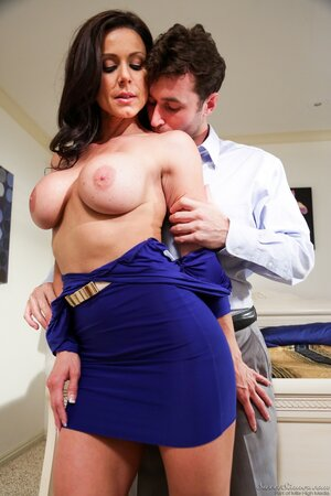 Buxom Kendra Lust wears too sexy decollete blowing guy's mind and seduces him