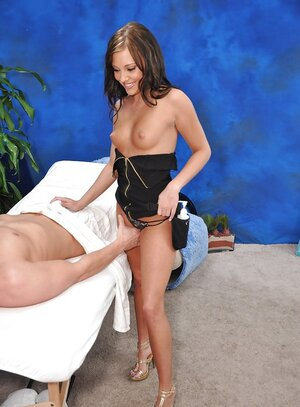 Fetching masseuse with little breasts is in the mood to spread legs for customer